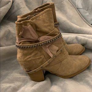 JellyPop Zip Up Boots